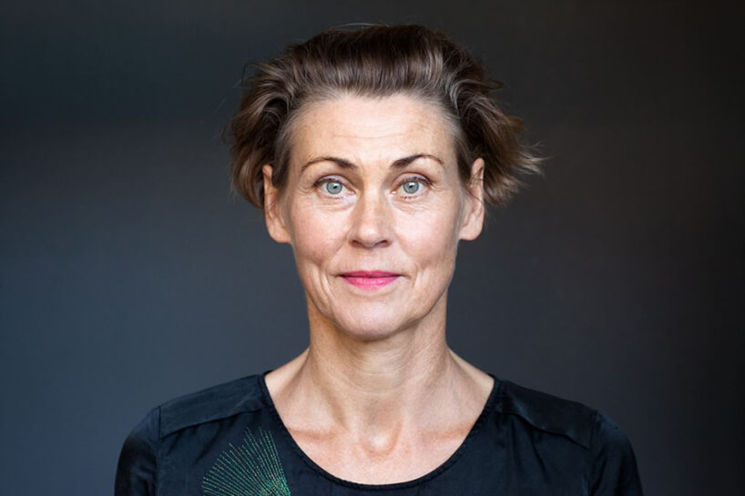 zdjęcie Britta Jürgens kobieta wczarnej bluzce