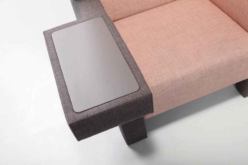 szaro różowe fotele
