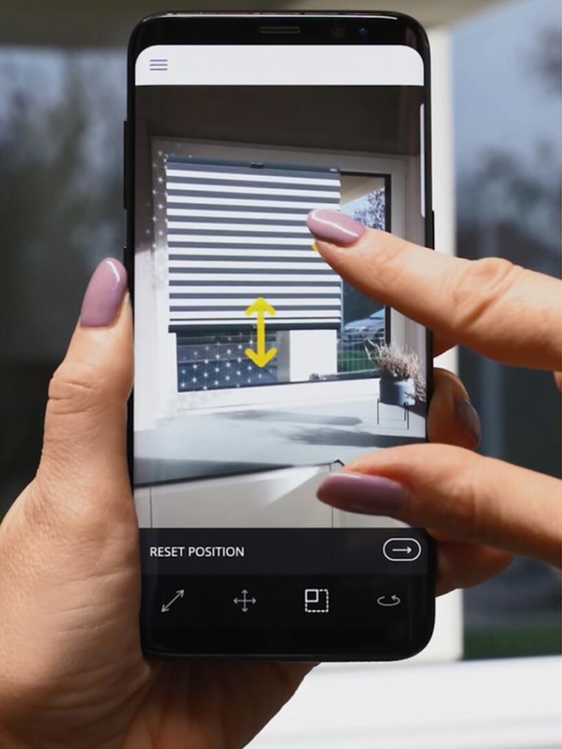 aplikacja do wirtualnej aranżacji okien Anwis Home podczas obsługi na smartphonie