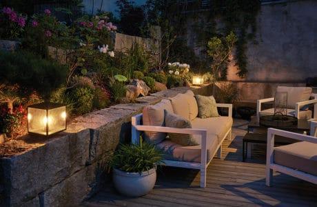 Aranżacja tarasu i balkonu – 5 wiosennych trendów