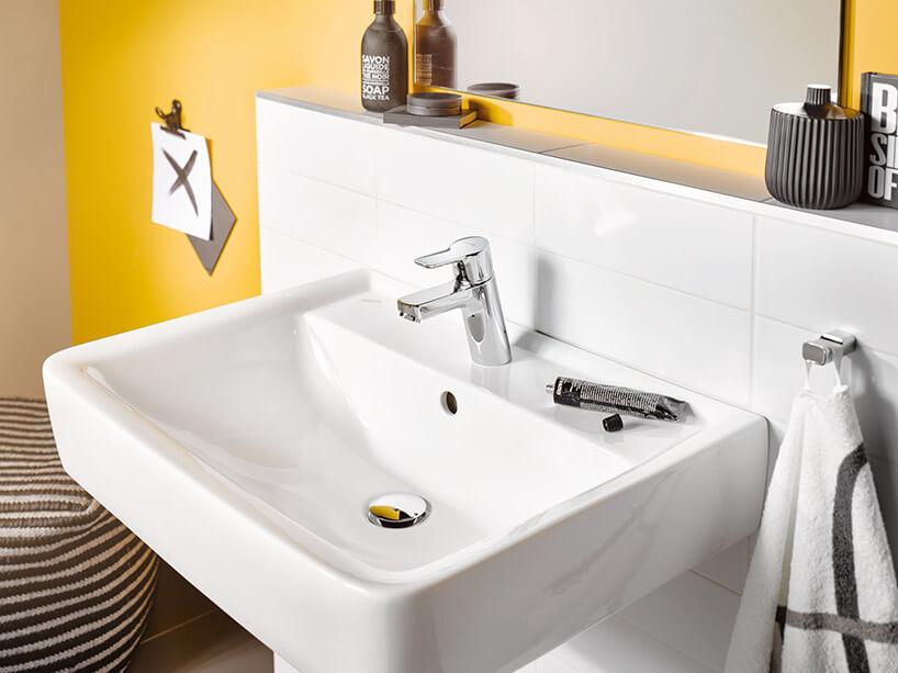 umywalkowa bateria łazienkowa wkwadratowej umywalce