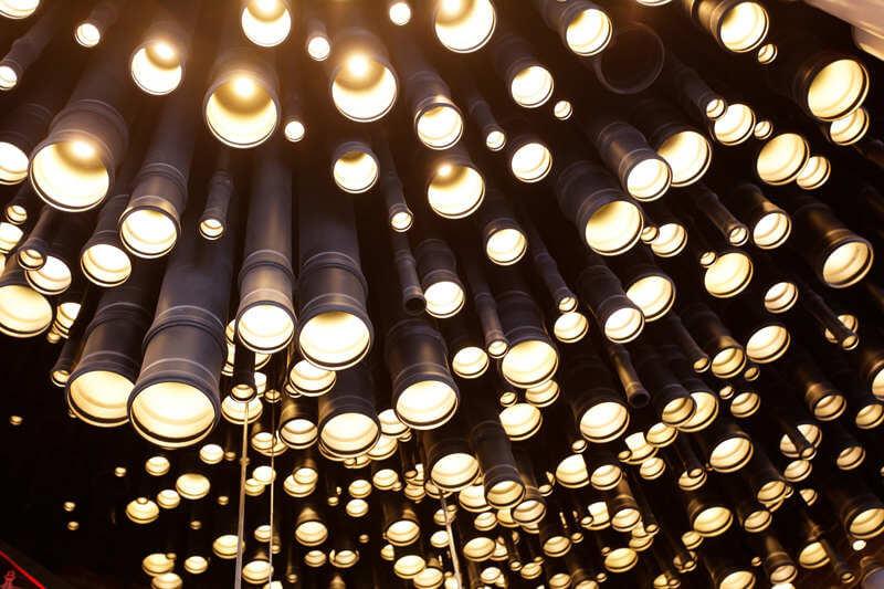 nowoczesne lampy zrury