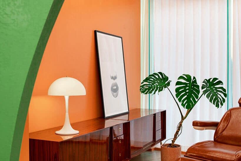 Barwa awokado zfuturystycznym rysem: wnętrze salonu fryzjerskiego wPekinie