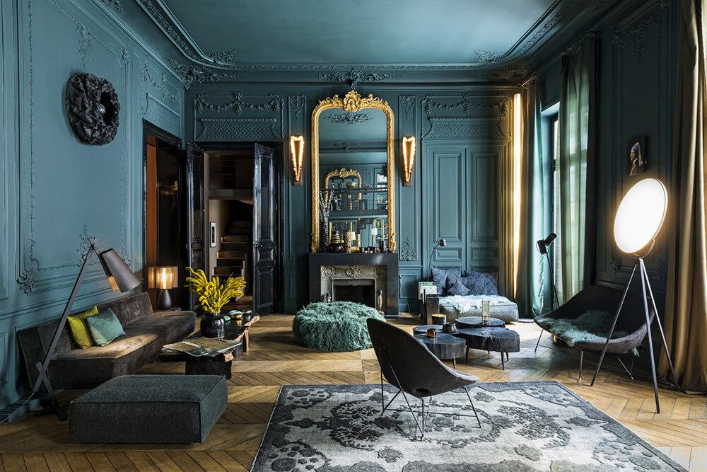 Barwny uśmiech Mona Lisy: urzekający apartament zwidokiem na Luwr