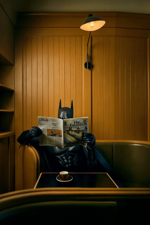 Batman po godzinach chce coś przekazać