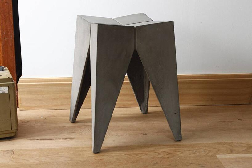 betonowy stołek