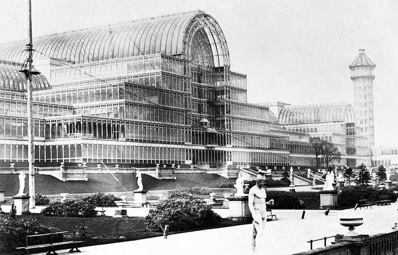 stare czarno-białe zdjęcie Kryształowego Pałacu Josepha Paxtona