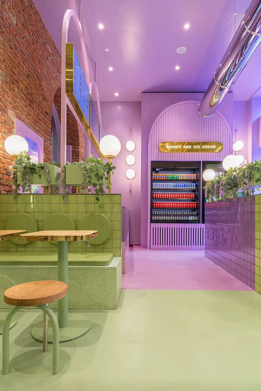 Burgery wkrainie lawendy: kolorowy projekt włoskiej burgerowni