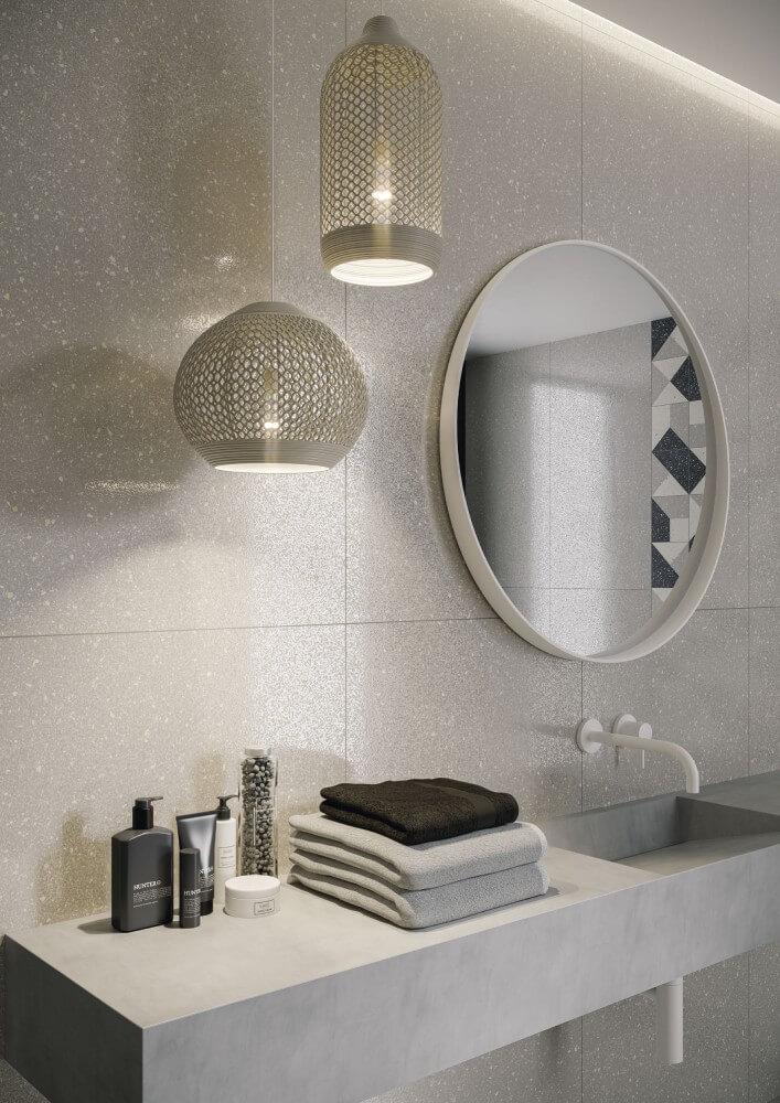 lustro łazienkowe zoświetleniem aranżacja od ceramiki paradyż
