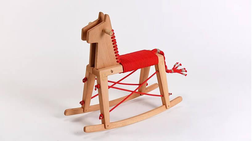 Chybotek koń na biegunach