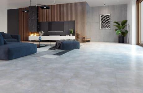 Ciepła betonowa, szara posadzka – panele winylowe w nowej odsłonie