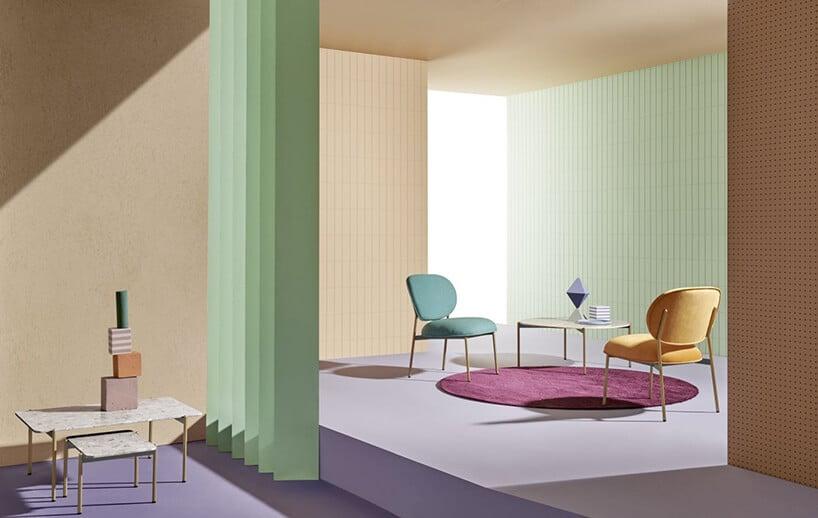pastelowe kolory we wnętrzu zkrzesłami wzielonym iżółtym odcieniu