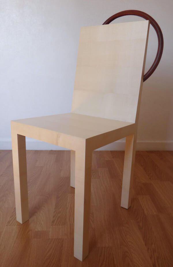 nowe krzesło ze starym oparciem