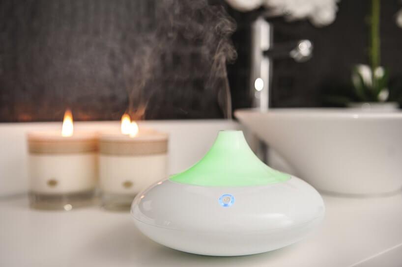 biał-zielona elektryczna świeca zapachowa