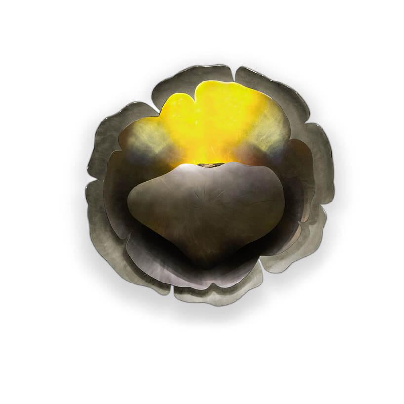 metalowy szary żółty kwiat ze żłobieniami
