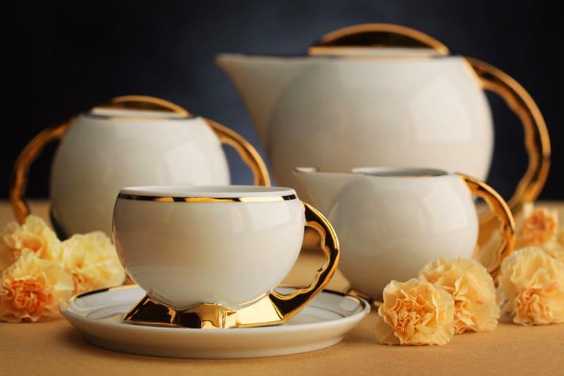 Dobry smak serwuje się na porcelanie