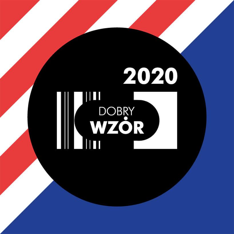 biały logotyp DOBRY WZÓR 2020 wczarnym kole na kolorowym tle