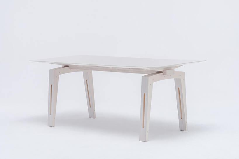 biały duży stół