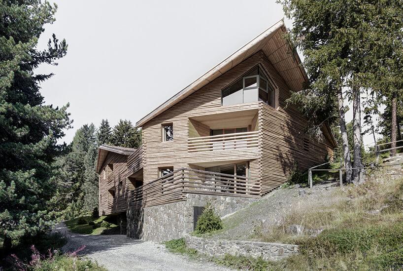 alpejska chata od frontu