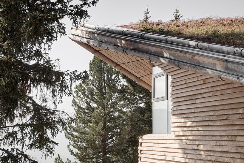 spadzisty dach tyrolskiej chaty