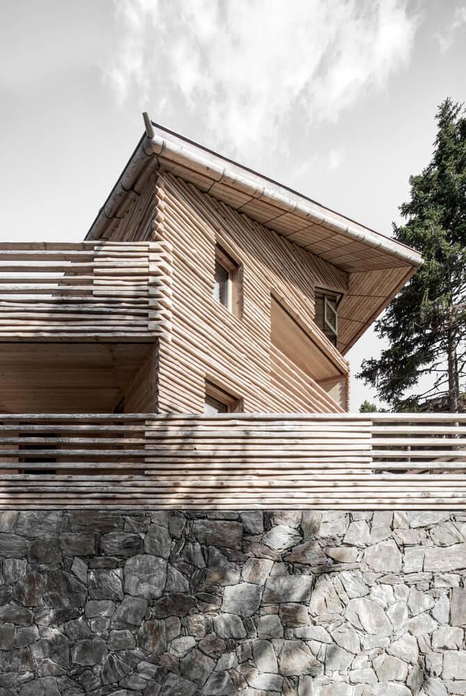 dolny taras chaty alpejskiej