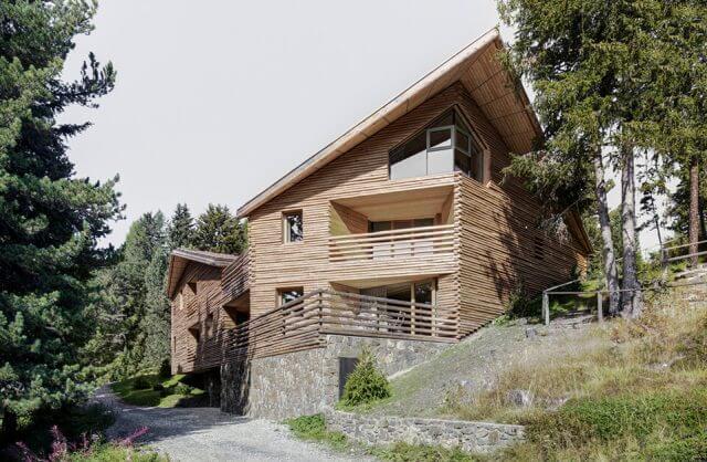 górski drewniany dom