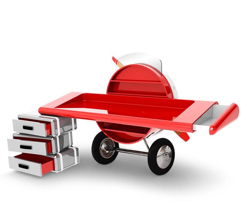 biurko dla dziecka wkształcie przodu starego płatowca