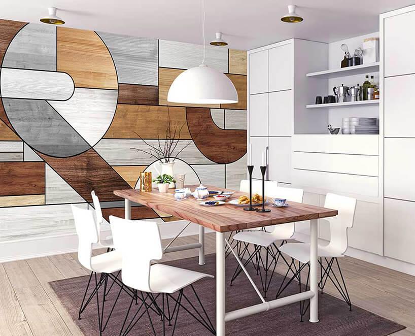 geometryczna tapeta na ścianie nowoczesnej białej kuchni