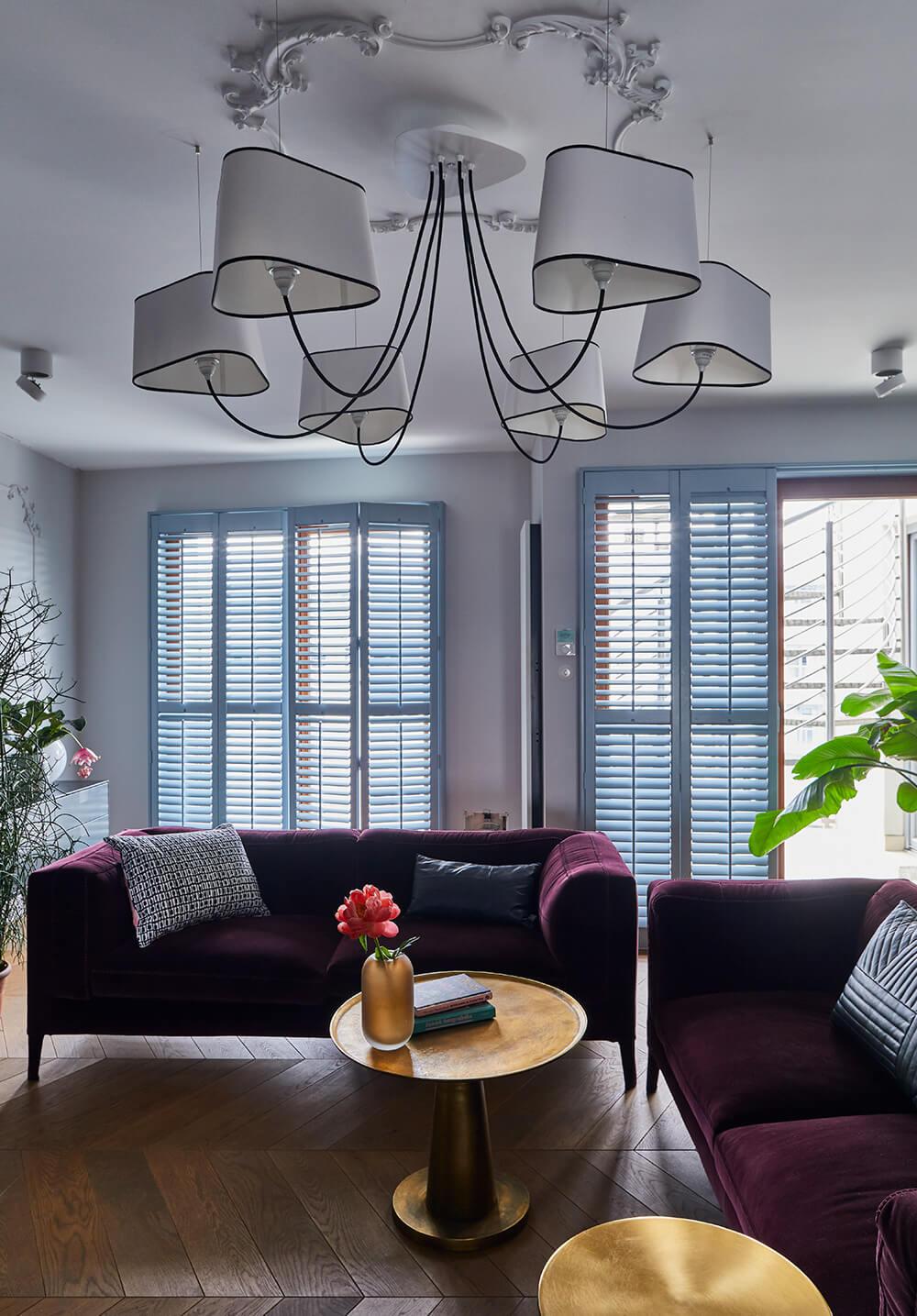 Elegancki apartament wkolorze burzowego błękitu