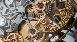 skomplikowany mechanizm zegarka z bliska