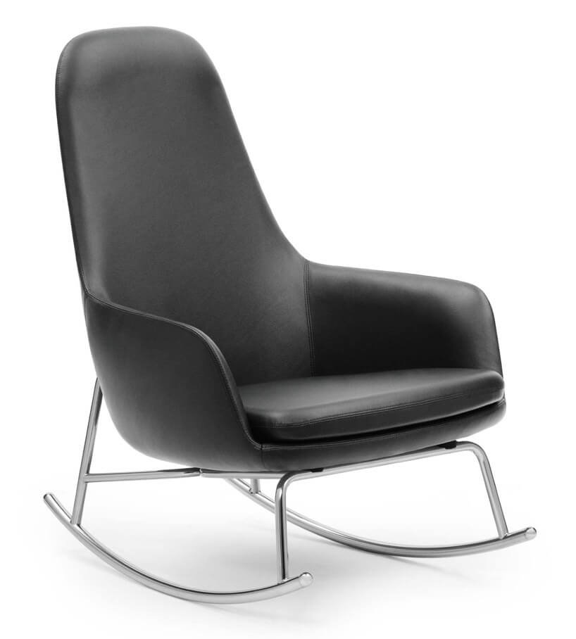 skórzany czarny fotel na metalowych płozach