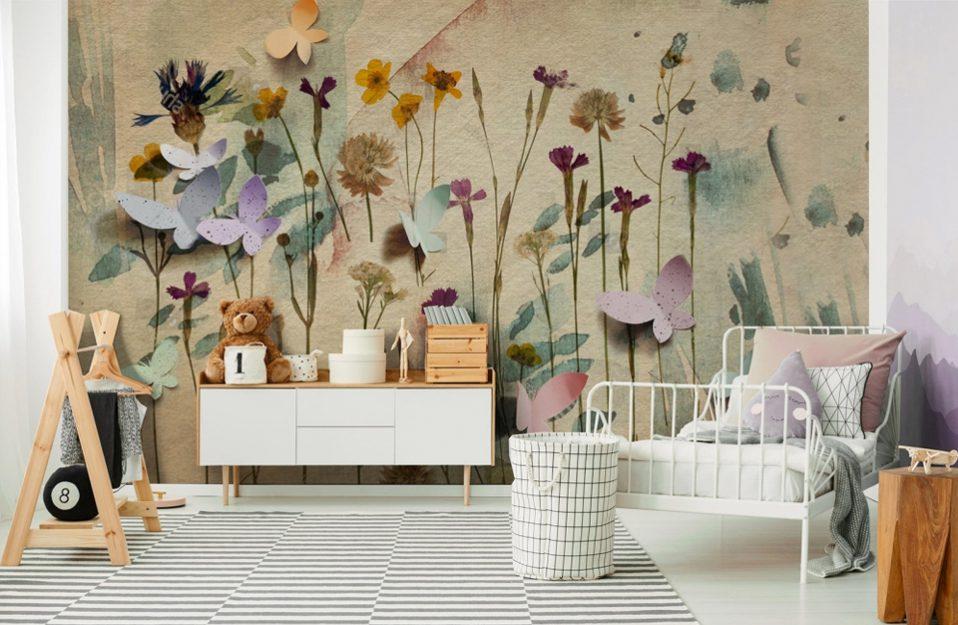 uroczy pokój dziecięcy z tapetą z motywem kwiatowym od Uwalls
