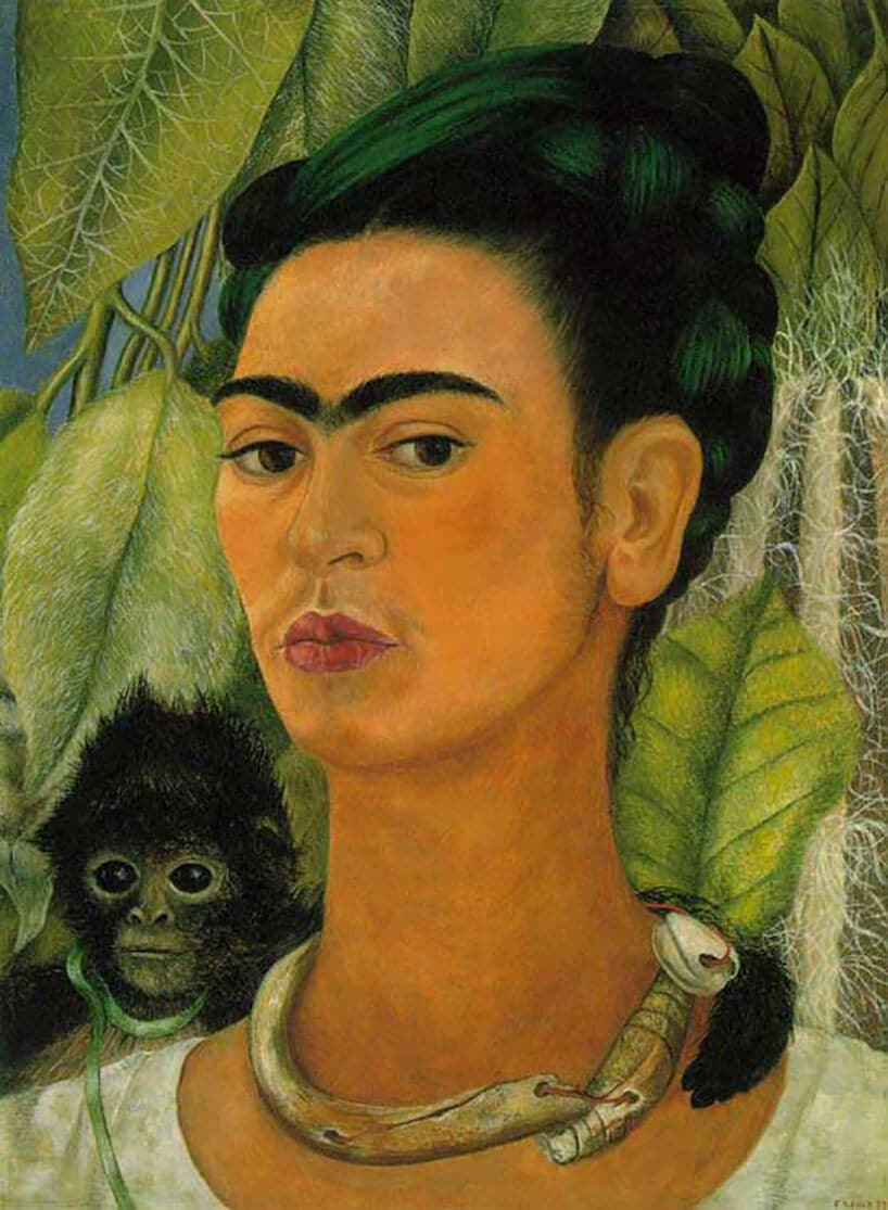 namalowana postać kobiety zczarnymi włosami
