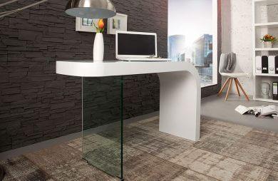 białe biurko z szybą w miejsce nogi