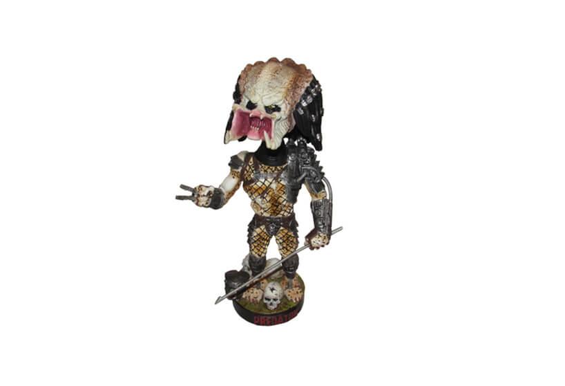 figurka filmowej postaci Predatora