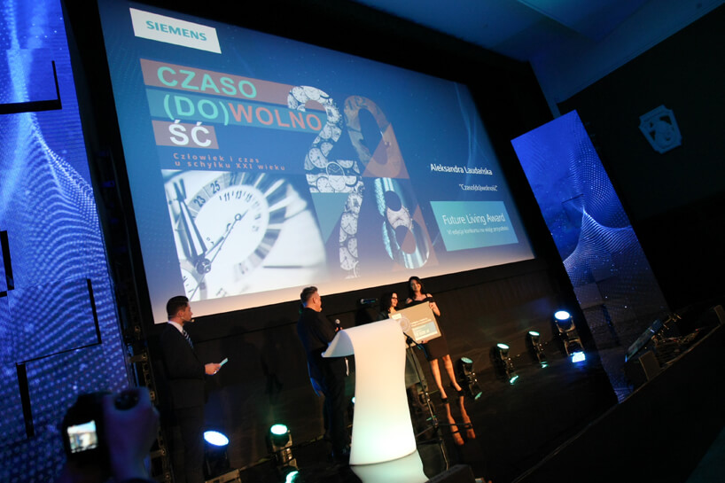 scena podczas wręczania nagrody Siemens Future Living Award 2018
