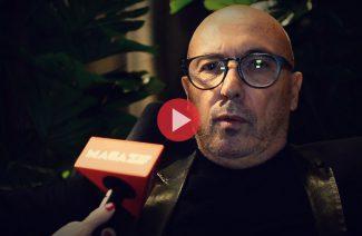 Giuseppe Vigano podczas wywiadu dla MAGAZIF w galerii Heban