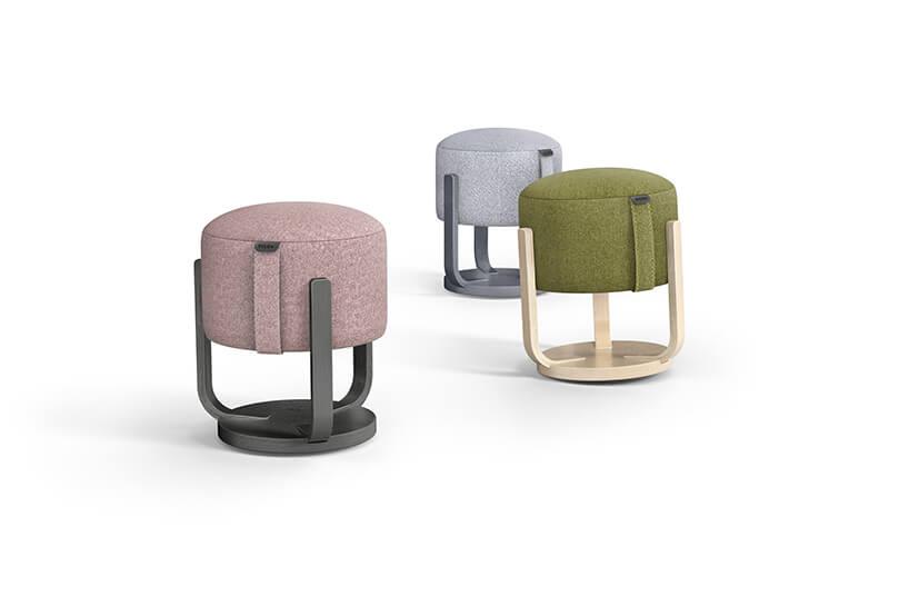 trzy siedziska Kivak do aktywnego siedzenia od Pilch Innowacje
