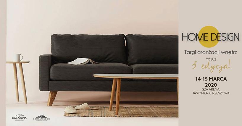 plakat targów Home Design 2020 zbrązową sofą