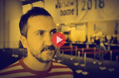 Jan Szadkowski podczas wywiadu dla MAGAZIF na Warsaw Home 2018