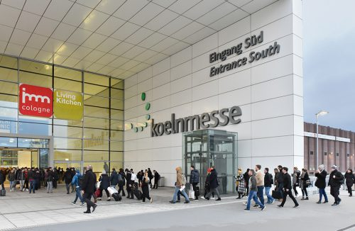 zdjęcie wejścia do na targi imm Cologne 2019