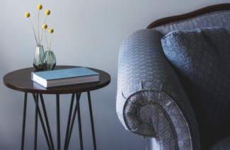 Jak dopasować nowoczesną sofę do salonu? Podpowiadamy!