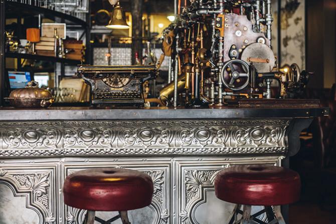 bar wstarym stylu
