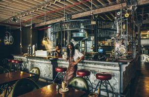 kawiarnia w stylu steampunk