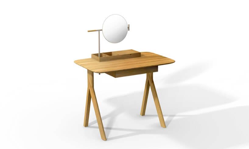 brązowy stolik