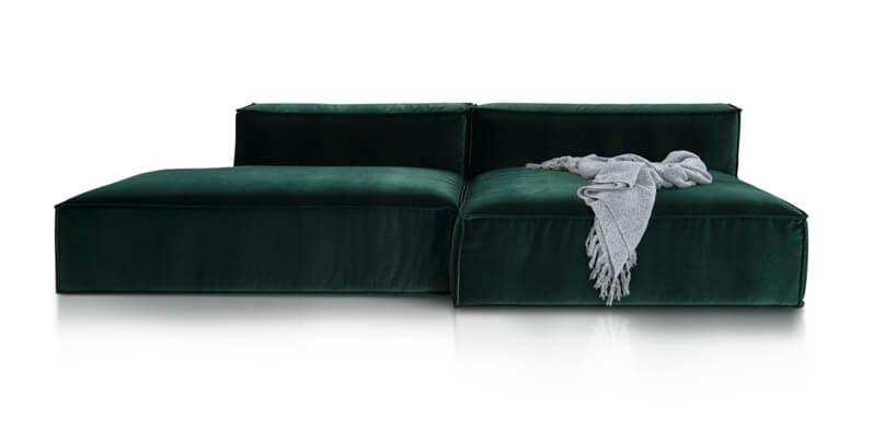 ciemno zielona sofa