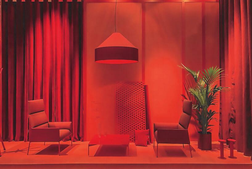 fotele istolik na zdjęciu zczerwonym filtrem