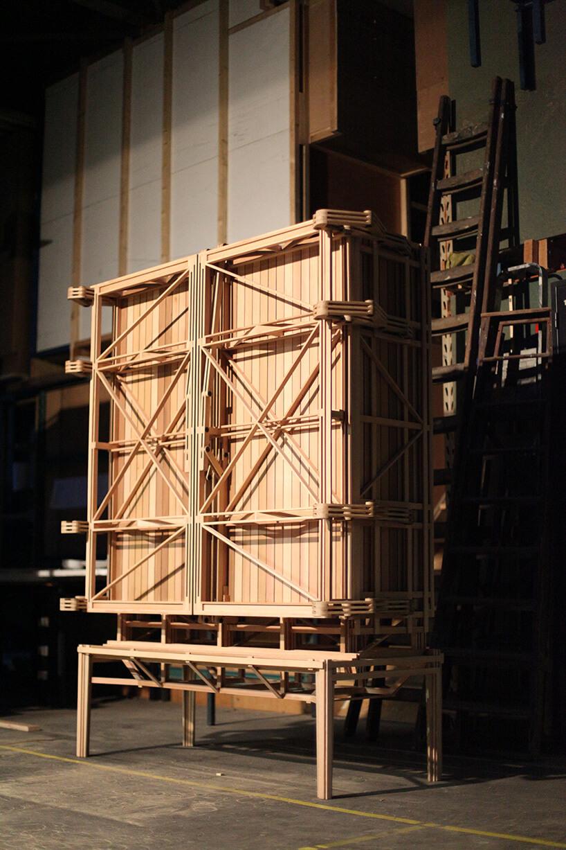 budowa wyjątkowej szafy zdrewna