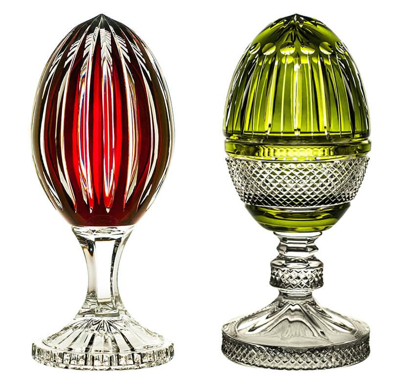 dwa kryształowe jaja