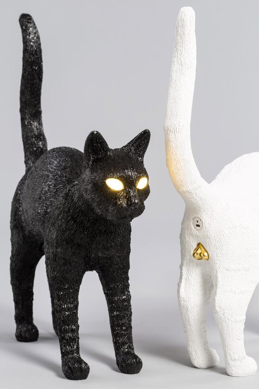 dwie lampy wkształcie kota